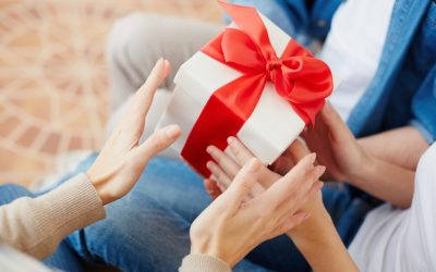 Semnificatia cadourilor personalizate pentru cei dragi